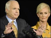 Pengalaman McCain pun tidak dapat mengungguli dukungan bagi Obama